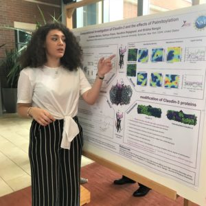 WiSE summer scholar presents her summer research poster